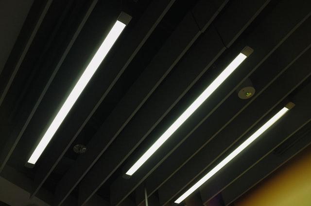 arifin salleh pLapnjpO3AQ unsplash - 照明ソリューションとは